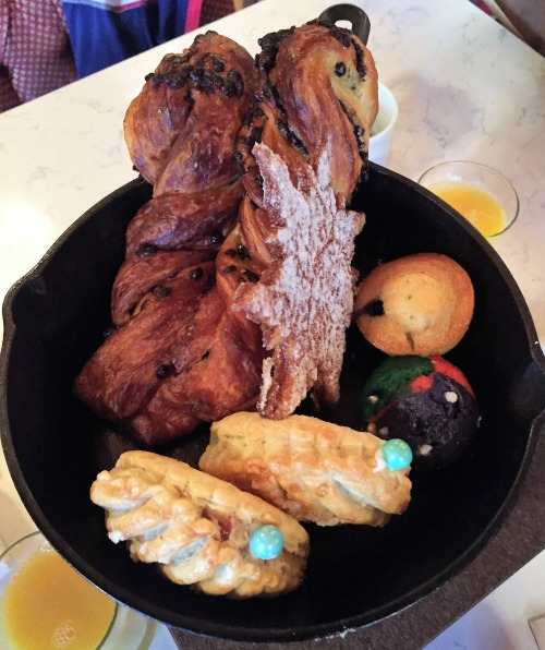 Review of the Bon Voyage Adventure Breakfast