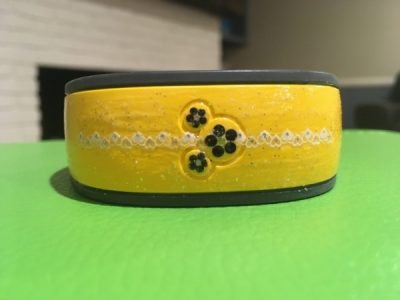 Decorating your magic bands