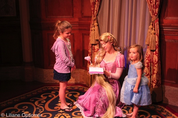 Walt disney world character meet and greet tips start with a tiana anna elsa rapunzel mary poppins ariel cinderella belle or snow white meet and greet m4hsunfo