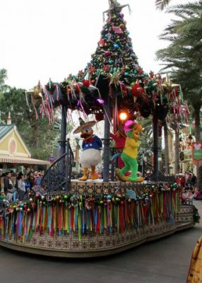 Holidays at Disneyland 2017