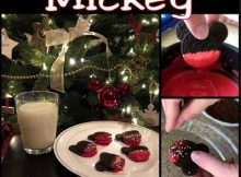 Christmas Mickey dipped Oreos