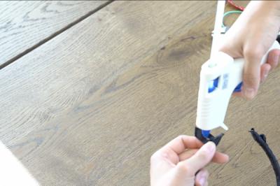 DIY Mickey Wire Ears Ribbon Finishing