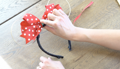 DIY Mickey Wire Ears Bow Placement
