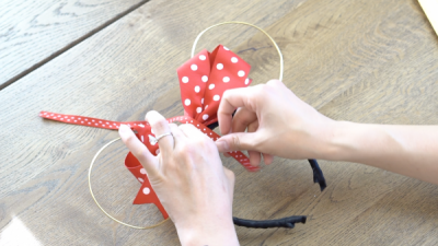 DIY Mickey Wire Ears Bow Attachment