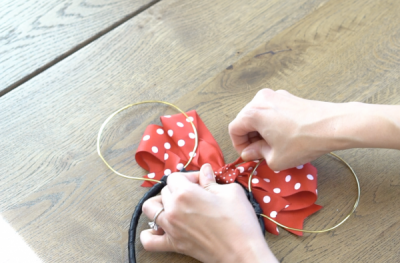 DIY Mickey Wire Ears Bow Knotting
