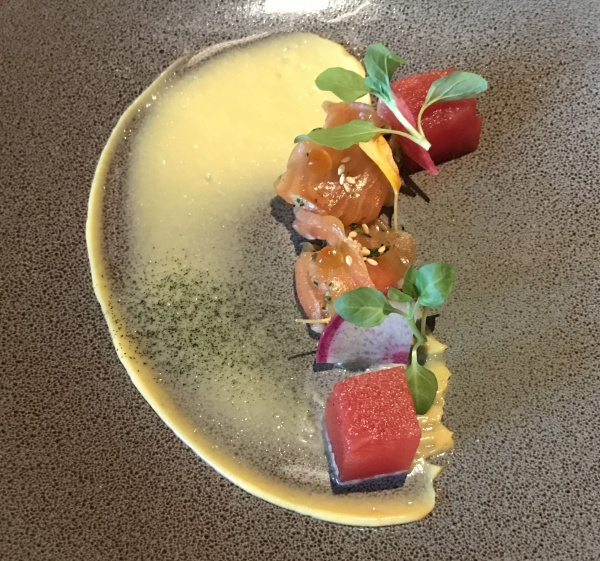 Salmon with Chili, seaweed, caviar and a Kalamansi emulsion