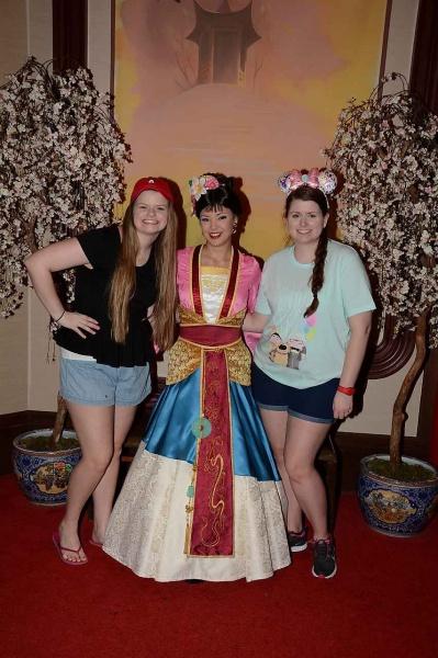 Meeting Mulan | character greeting