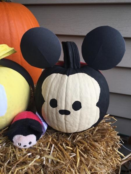 Mickey Tsum Tsum pumpkin