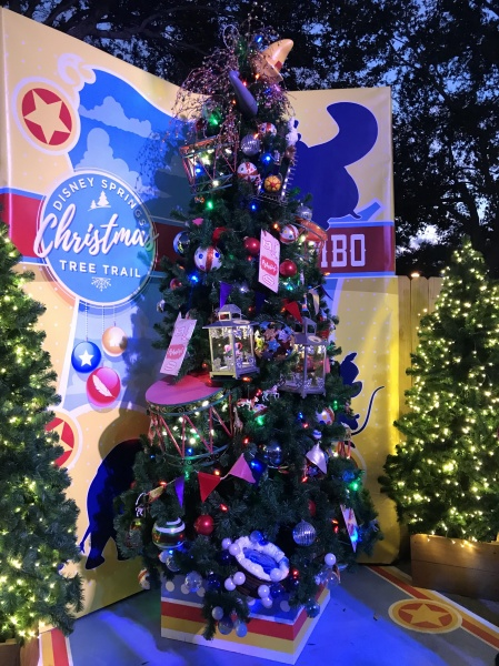 Christmas tree themed to Dumbo