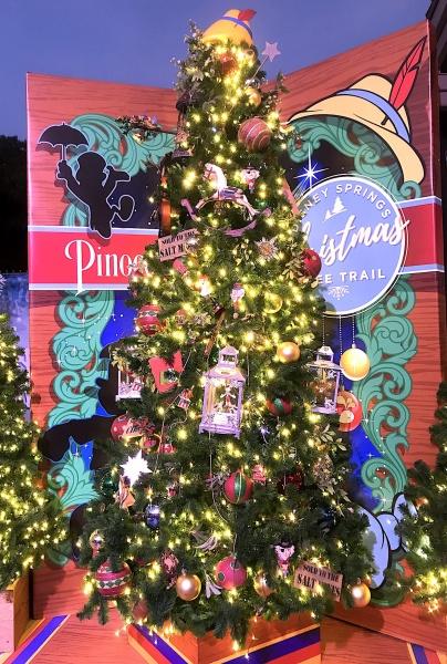 Christmas tree themed to Pinocchio