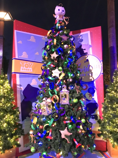 Christmas tree themed to Toy Story