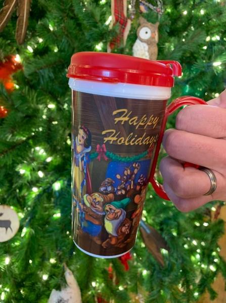Walt Disney World Introduces Holiday Themed Refillable Mugs