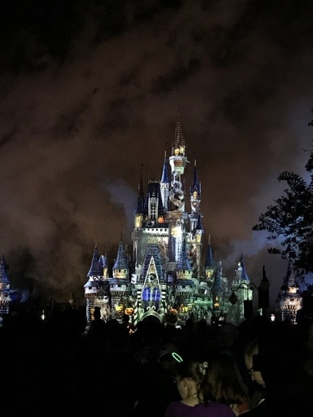 Mickey's Not-So-Scary Halloween Party castle show