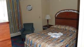 Master Bedroom - Family Suites at Disney's All Star Music Resort