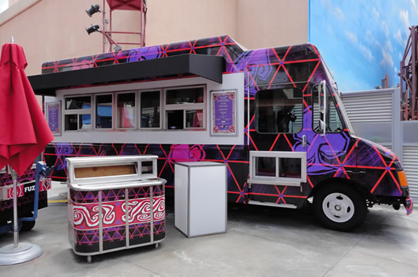 Reviews of Disney California Adventure Twisted Cheshire Concoctions