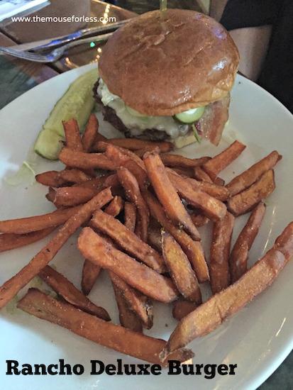 Rancho Deluxe Burger at Jimmy Buffett's Margaritaville Restaurant at Universal CityWalk #UniversalDining #CityWalk #UniversalOrlando