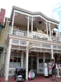 Reviews of Plaza Restaurant