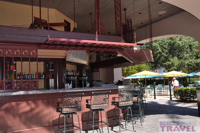Reviews of Mardi Grogs Pool Bar at Disney's Port Orleans French Quarter