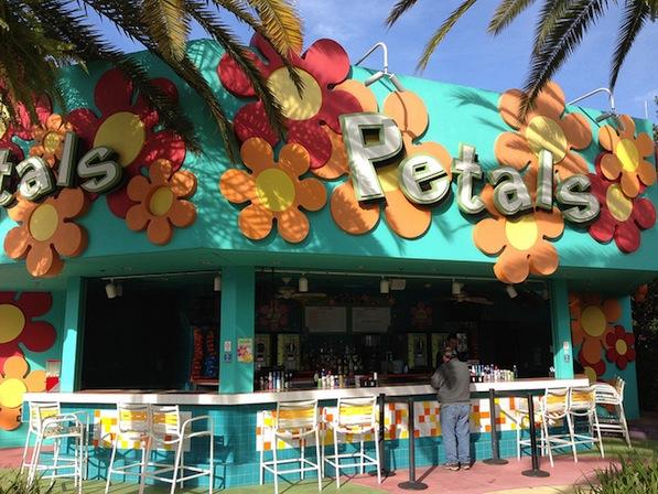Reviews of Petals Pool Bar at Disney's Pop Century Resort
