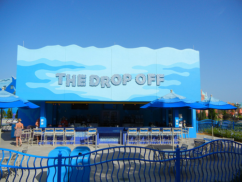 Reviews of The Drop Off Pool Bar - Art of Animation Resort