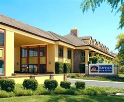 Best Western Raffles Inn & Suites