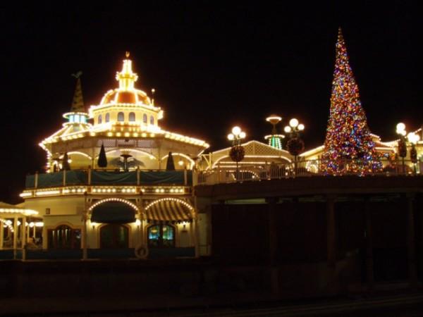 Disneyland Holidays
