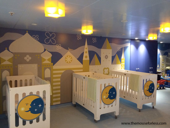 It's A Small World Nursery #DCL