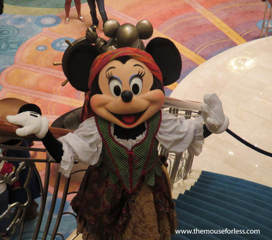 Pirate Minnie Mouse #DCL