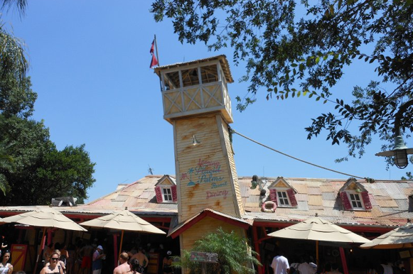 Leaning Palms Menu at Typhoon Lagoon #DisneyDining #TyphoonLagoon