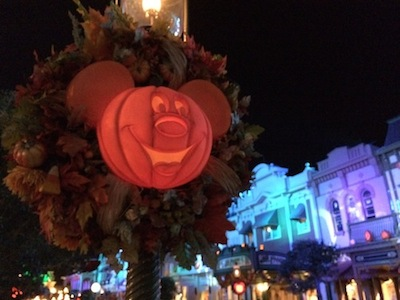 Main Street Halloween | Mickey's Not-So-Scary Halloween Party