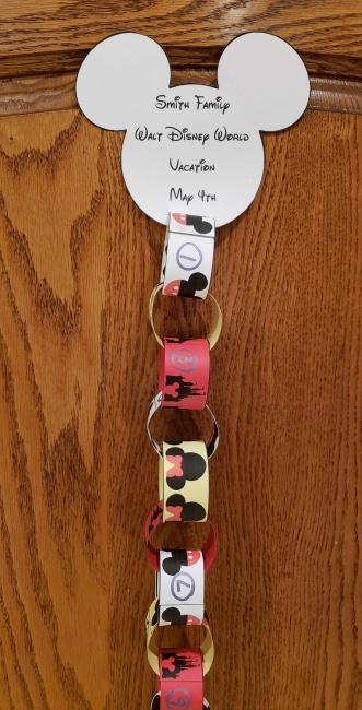 Hanging Your Disney Countdown Chain