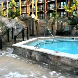 Boulder Ridge Hot Tub