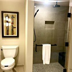 Grand Villa 3rd Bathroom