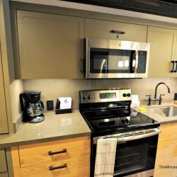 2-Bedroom Full Kitchen