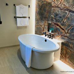 Grand Villa Master Bathroom Tub